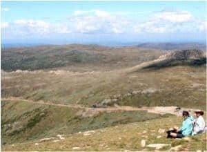 Climbing the highest peak in Australia: Mount Kosciuszko