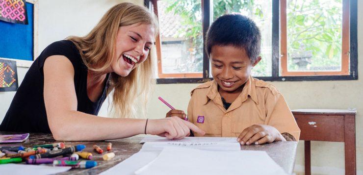 Top 6 Resume-Boosting Volunteer Abroad Programs