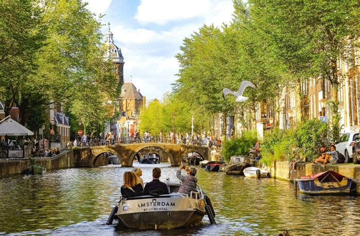 Top 5 Reasons to Study Abroad in Amsterdam