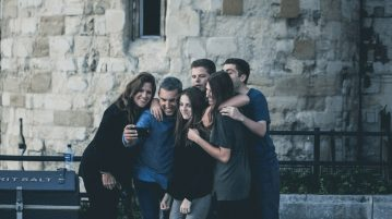 5 Tips to Help You Find Your Study Abroad BFF