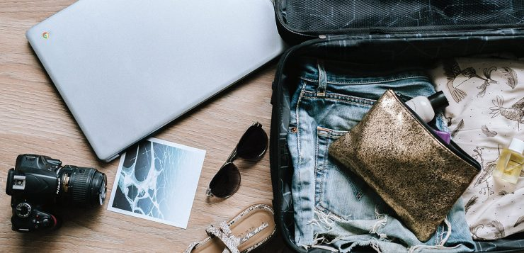 Ultimate Guide to Traveling Light and Dressing Well at the Same Time