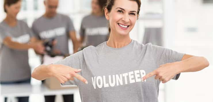 5 Ways Volunteering Can Land You a Job