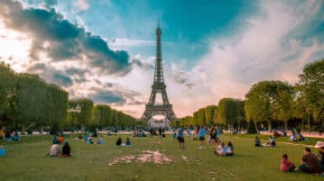 In a highly competitive international job market, studying in France is a strong asset