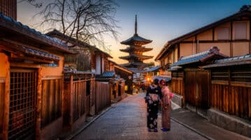 9 Essential Things Students and Tourists Need to Know Before Traveling to Japan