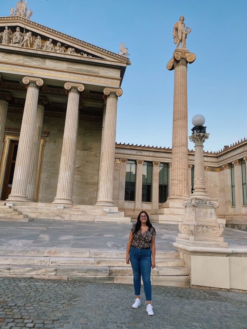 Lorena from Ontario fell in love with Greece on a vacation and ended up enrolling for a Bachelor of Arts